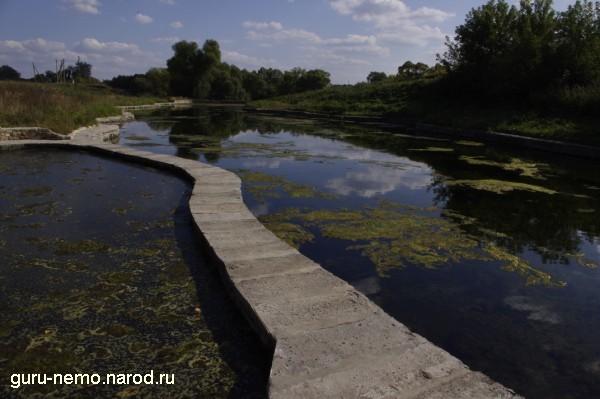 Рукотворное озеро с родниковой водой